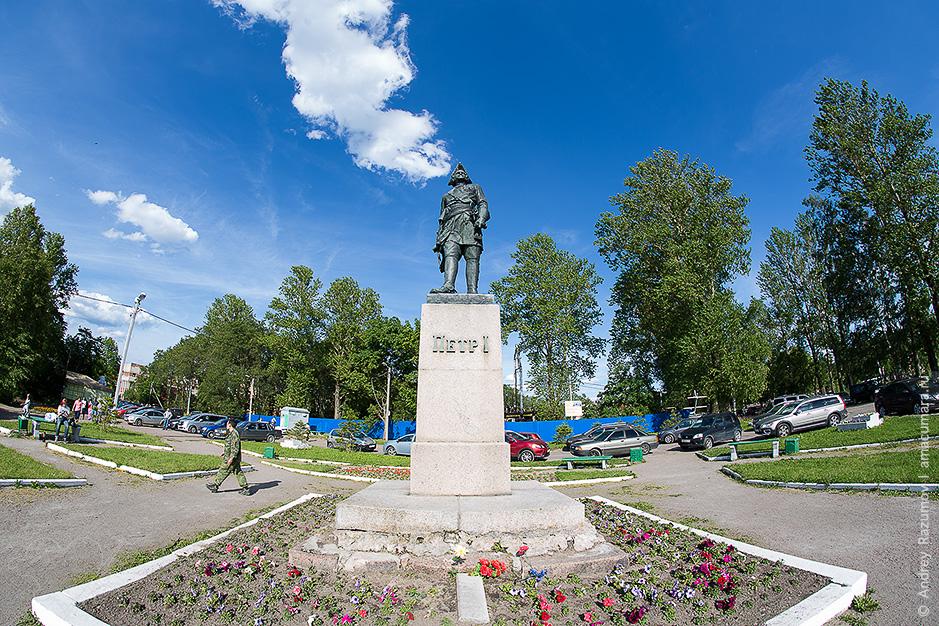 Петр I на 500 рублевой купюре