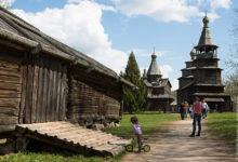 Музей деревянного зодчества «Витославлицы» под Великим Новгородом