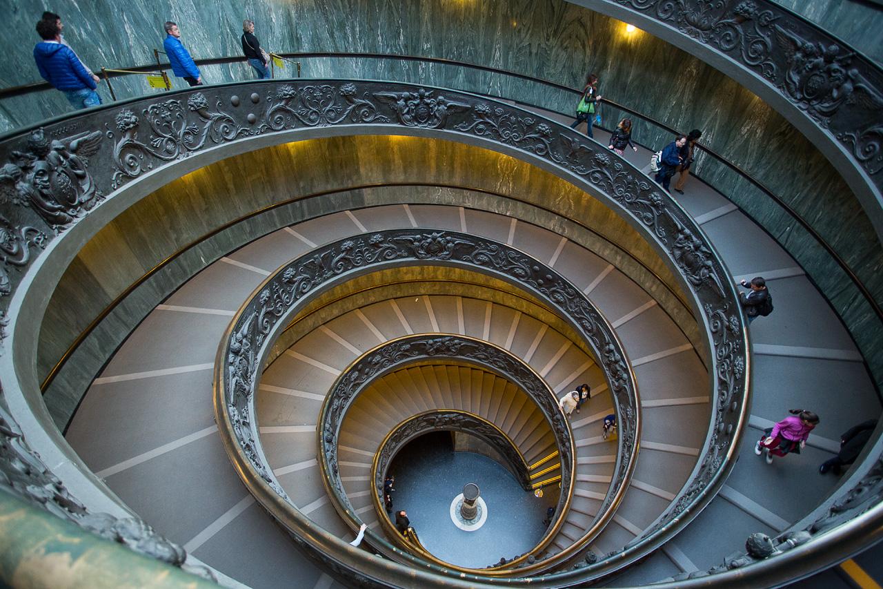 Лестница Браманте